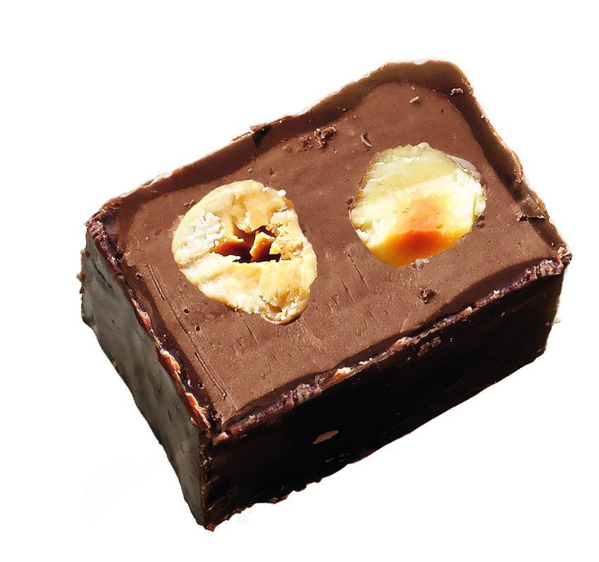 חטיף שוקולד ואגוזים